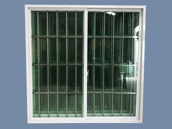 云南板房推拉窗